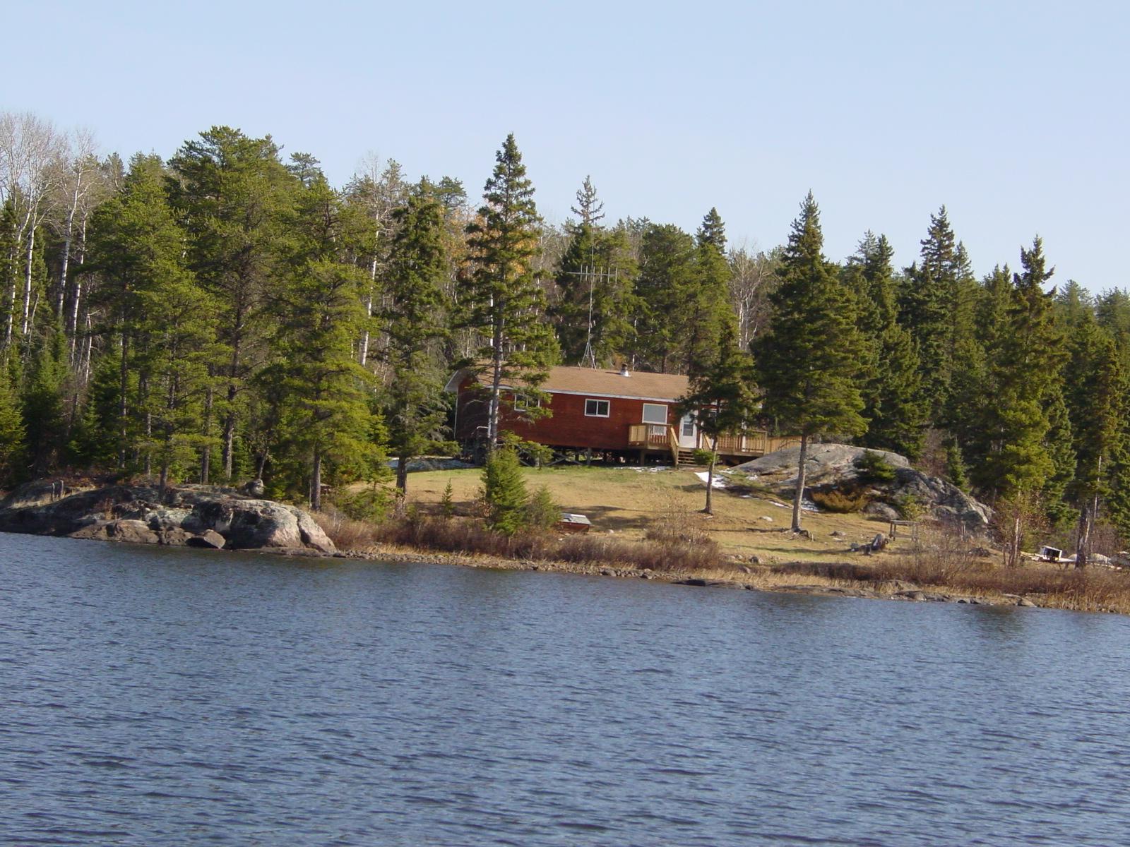 Ontario smallmouth bass fishing at brown bear lake outpost for Fish lake cabin
